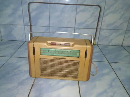Antigua Radio Philips Para Coleccion No Funciona.