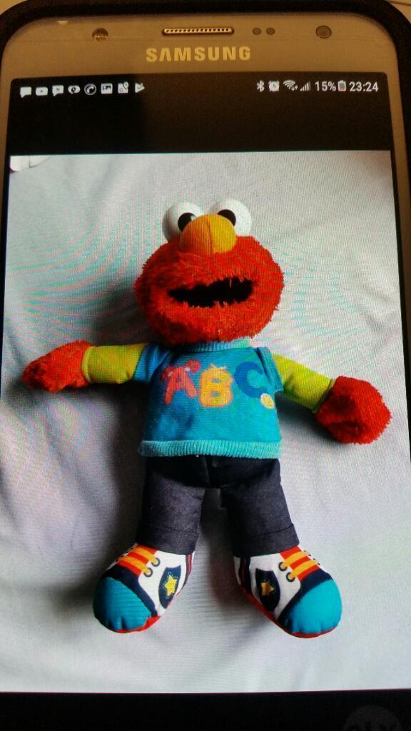 Elmo muñeco de peluche. san borja
