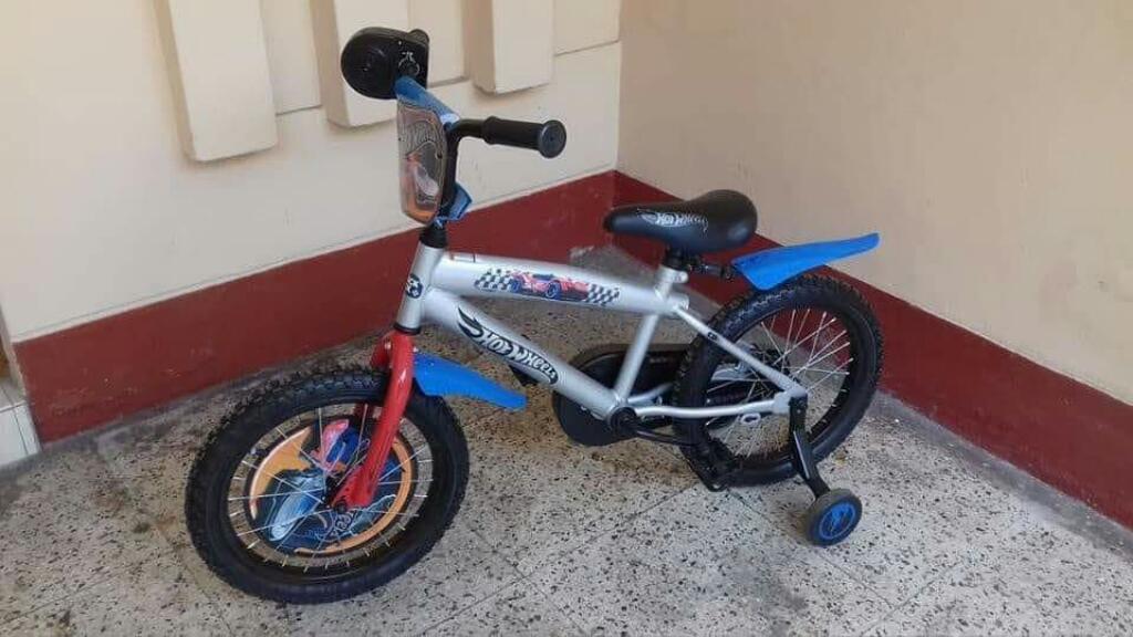 Vendo Bicicleta para Niño Casi Nueva