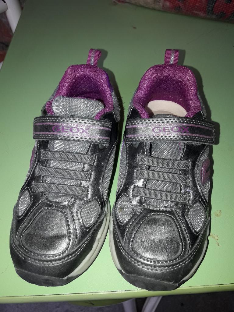 Zapatillas Geox Niña con Luces Talla 25