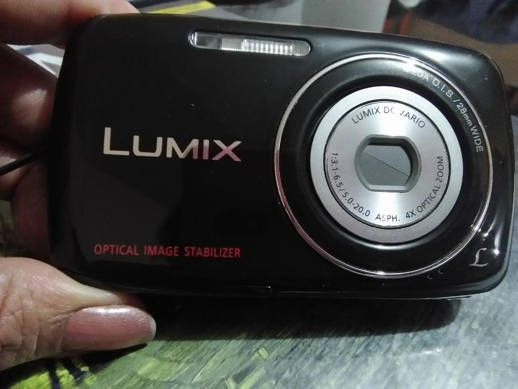 Camara Digital Lumix de Panasonic