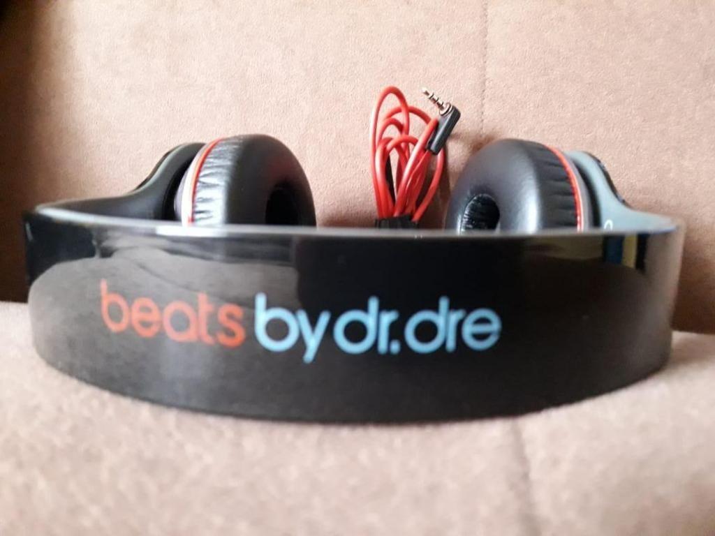 BEATS BY DR.DRE/WIRELESS HEADPHONES