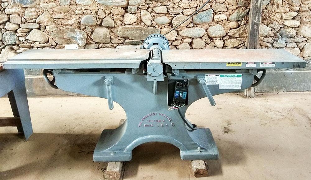 Garlopa Industrial de 12 con cabezal de 4 cuchillas y motor