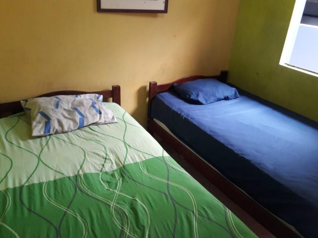 Vendo Dos Juegos de Dormitorios