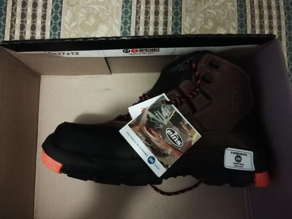 Se Venden Zapatos de Seguridad - S/. 300