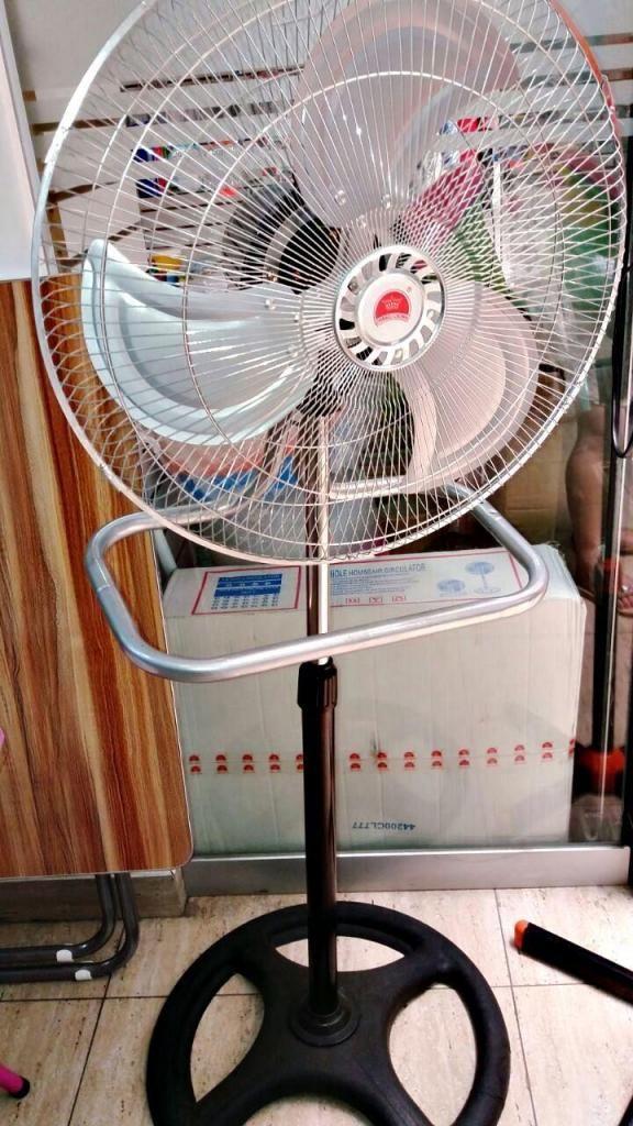 Ventilador Industrial 3 en  Watts Pared Mesa, Pedestal,