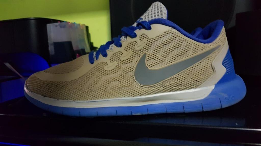 zapatillas Nike free 5.0 talla  usado buen estado todo