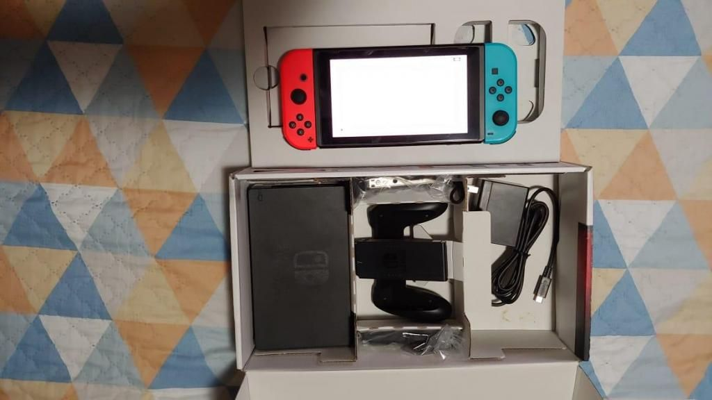 Nintendo Switch Completo En Caja - Remate Envio Provincia
