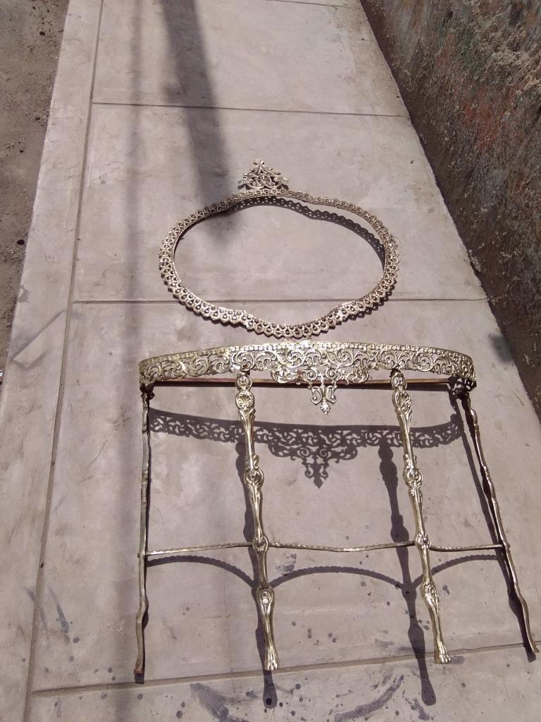 Antigua Consola de Pie Y Marco de Espejo