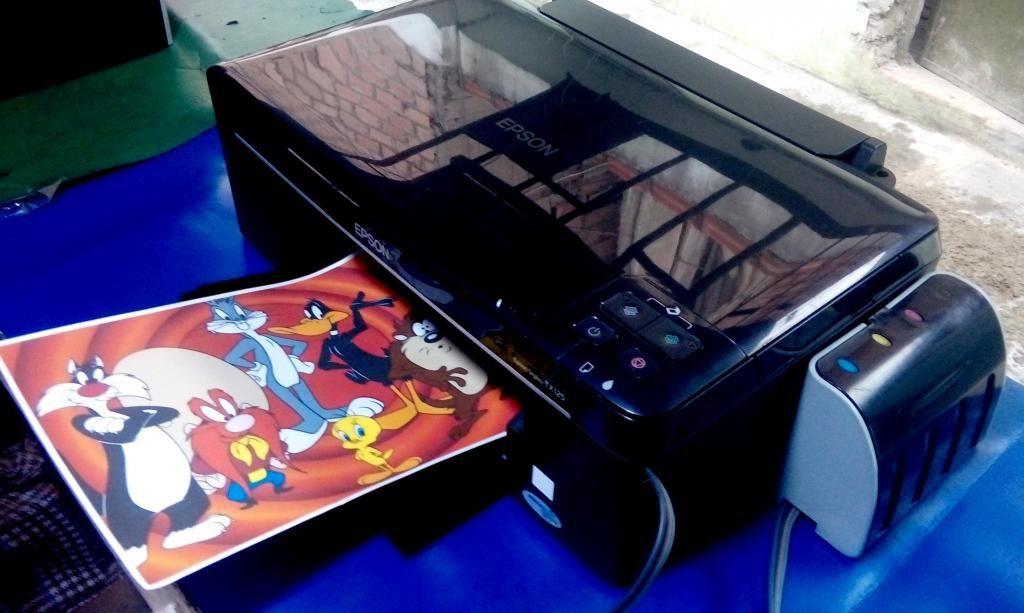 Impresora Epson multifuncional con tanques de tinta