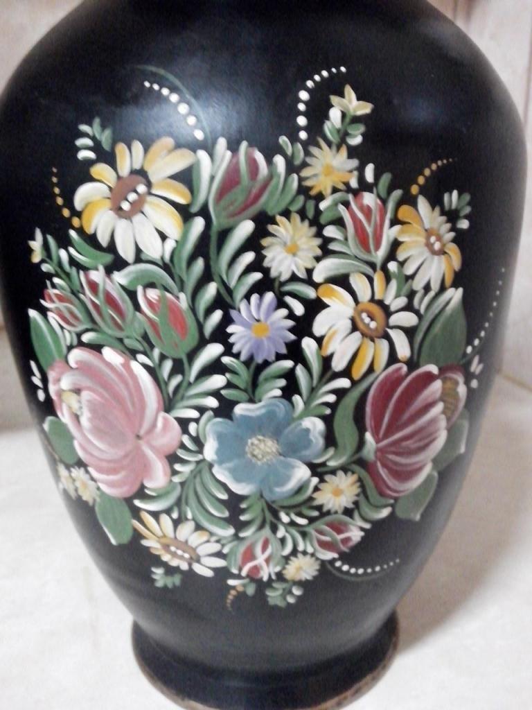 Precioso jarrón pintado a mano estilo Bauermarelei