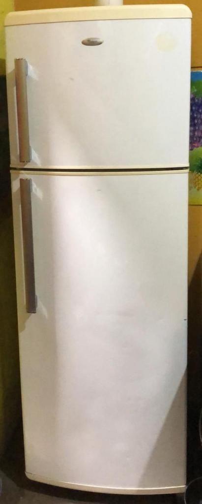 VENDO HERMOSA Refrigeradora WHIRLPOOL MADE IN USA