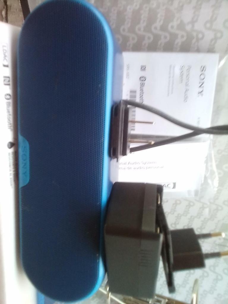 Parlante Inalámbrico Portátil Con Bluetooth Y Nfc Sony Xb2