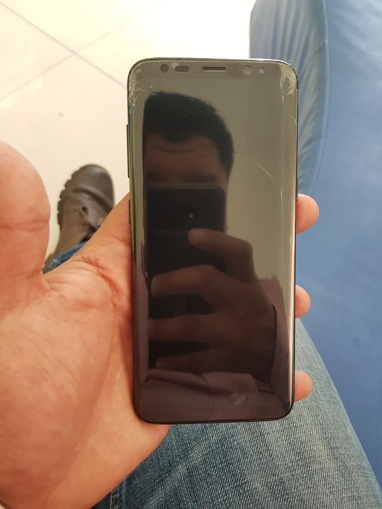 Vendo Samsung Galaxy S8 con Detalle