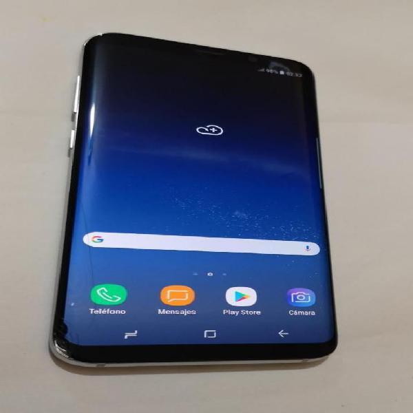 Samsung Galaxy S8 Plus Libre con Detalle