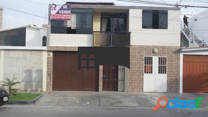 Se Vende hermosa Casa en Chorrillos - 00637
