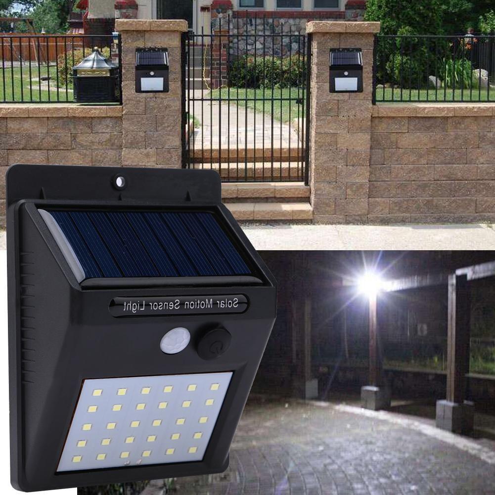 Lámpara solar de pared de 30 LEDs con sensor de movimiento