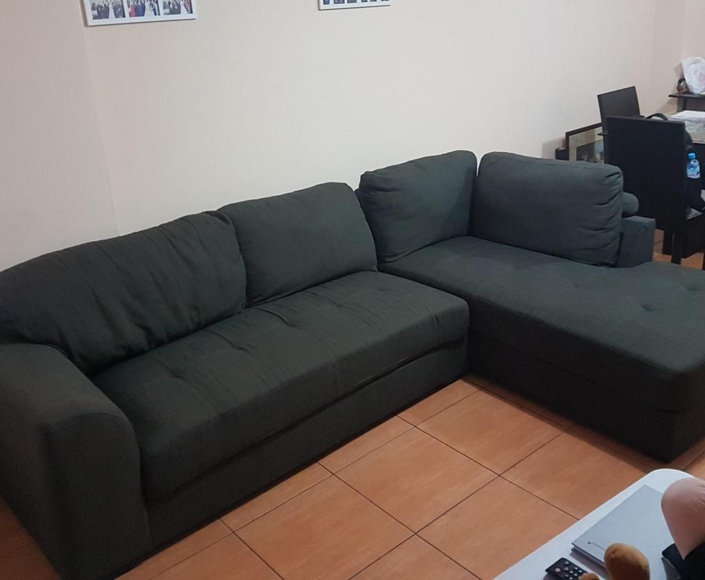 Mueble sofá gris 2 piezas 170x190 cms usado