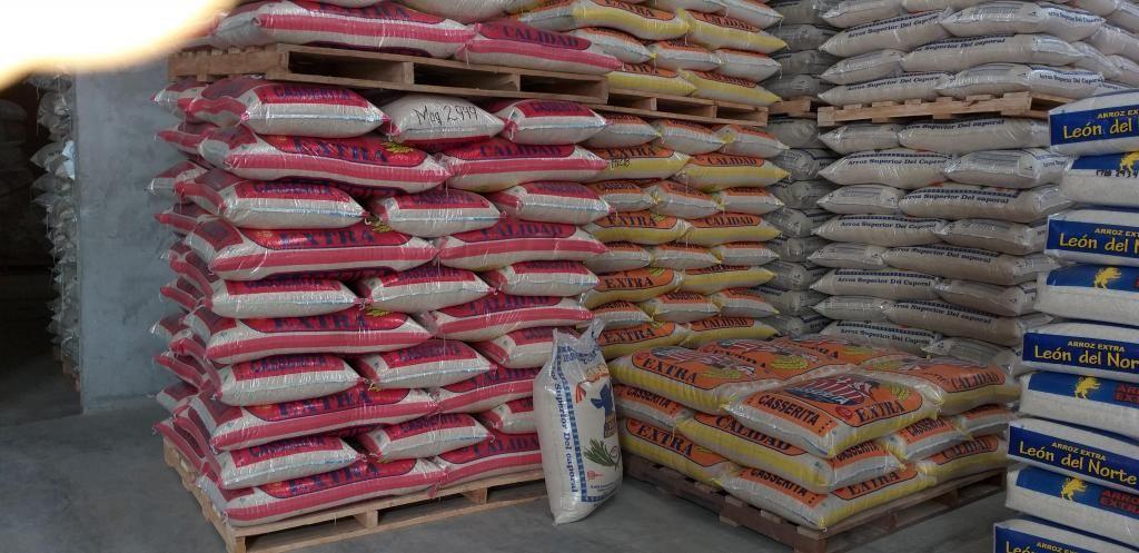 Venta de arroz pilado, al por mayor y menor