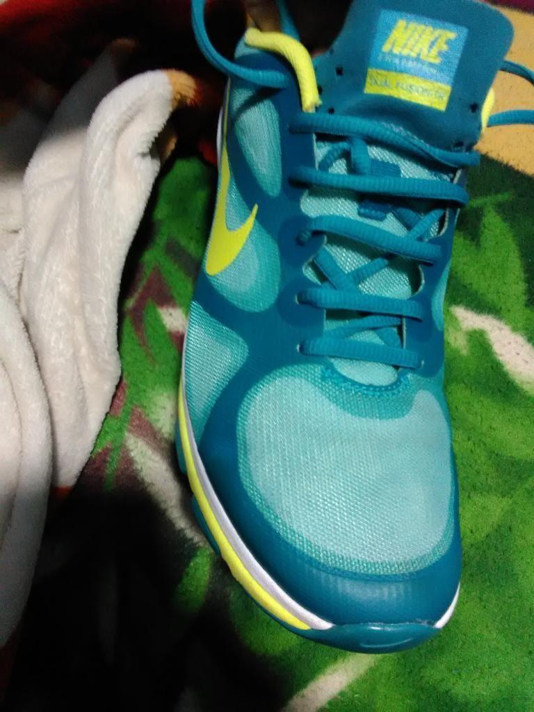 Zapatillas Nike de Mujer Talla 38 Y 39