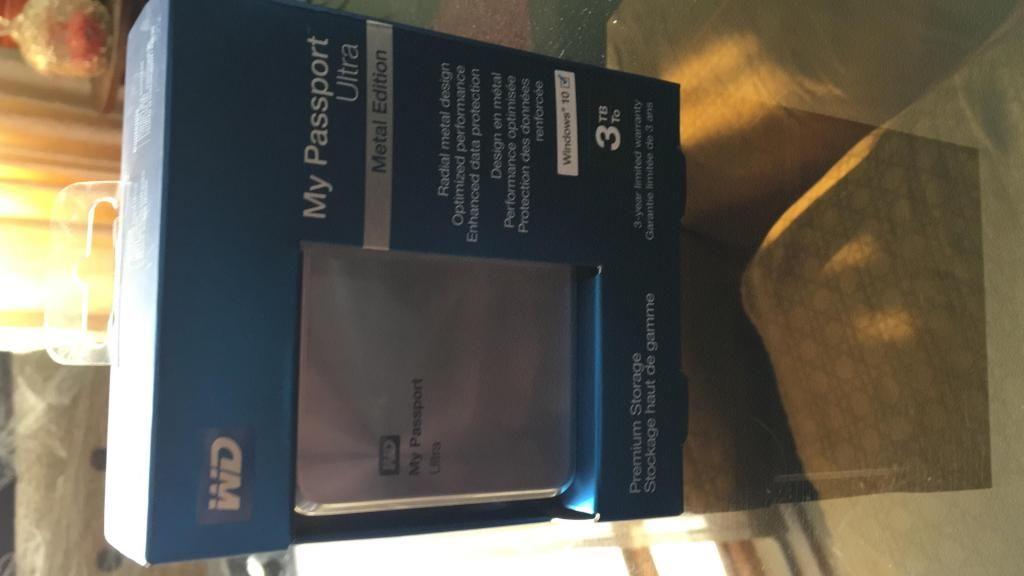 Disco Externo WD 3TB my Passport Ultra Metal Edition - nuevo