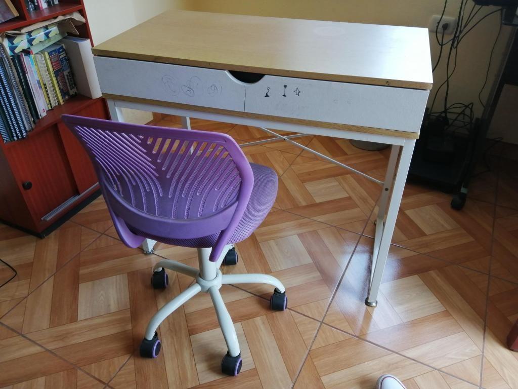 Vendo silla y mesa para oficina usados