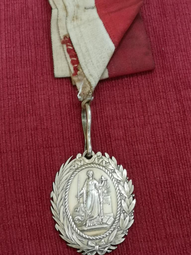 Medalla Consejo Oficiales Generales