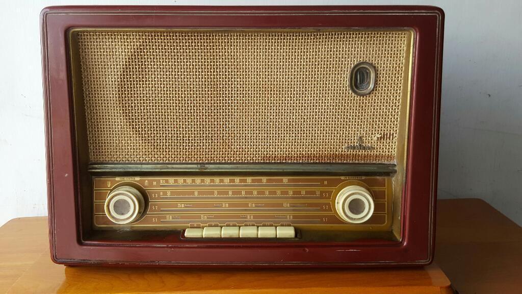 Antigua Radio Simens Valvula
