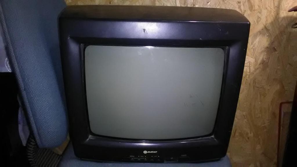 TV MIRAY DE OCASION 70 SOLES CON CONTROL REMOTO