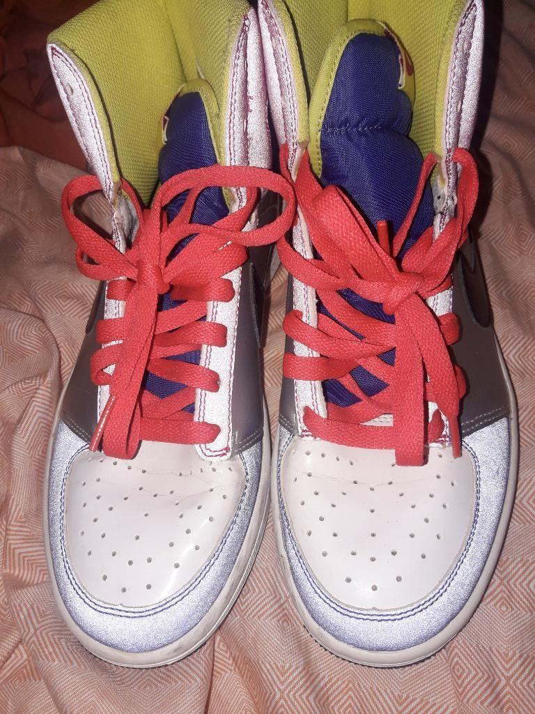 Remató Zapatillas de Mujer Nike