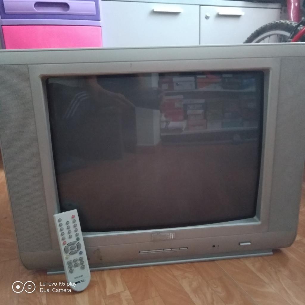 Tv. de 21 Pulgadas Hitech