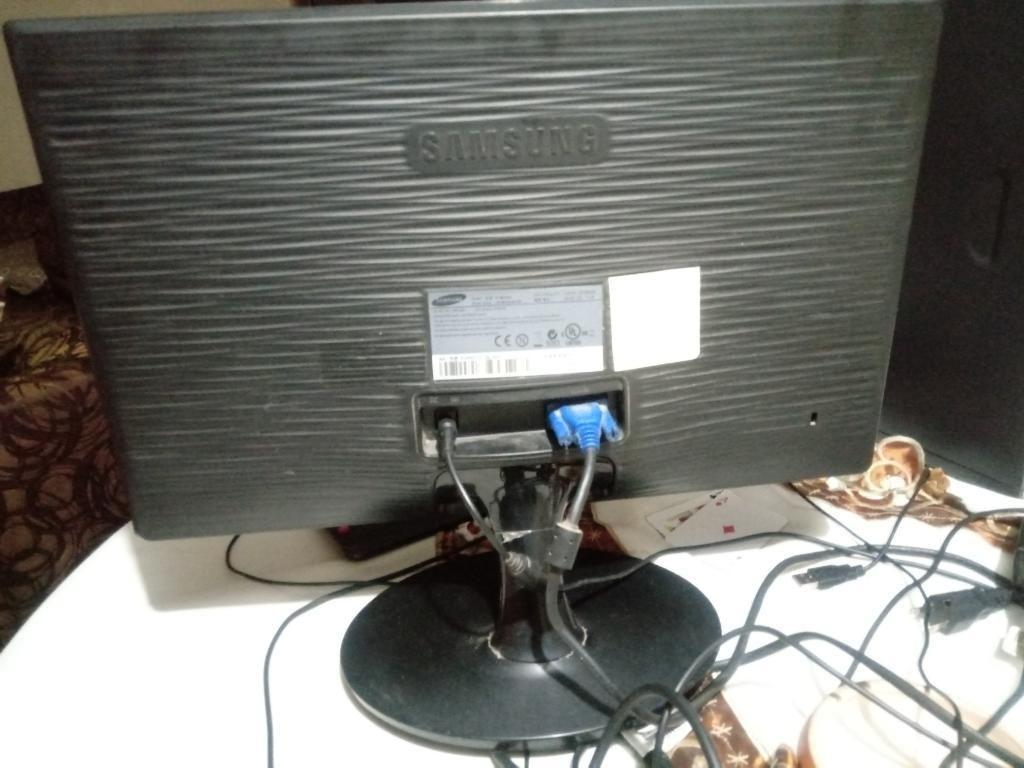 Monitor Led Samsung Modelo Ls19b300