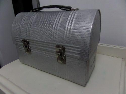 Antigua Lonchera De Metal Aluminio Vintage
