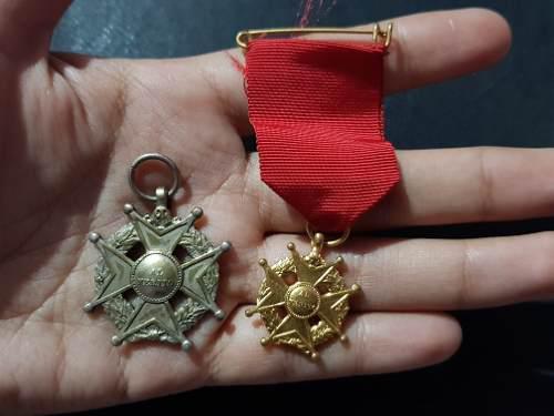 Yh 2 Antiguas Medallas Al Merito Cargo Mas Alto Baño Plata
