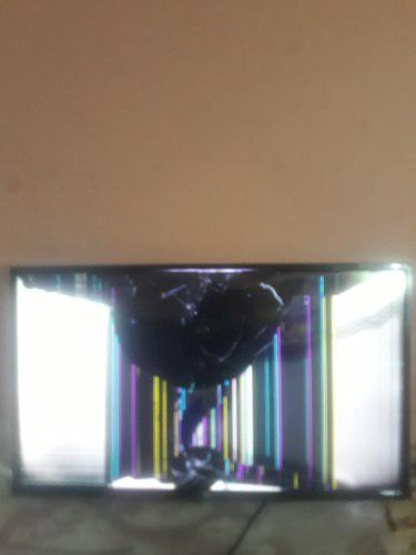 Tv Lg 43lh5700 Led Full Hd Smart - Pantalla Rota