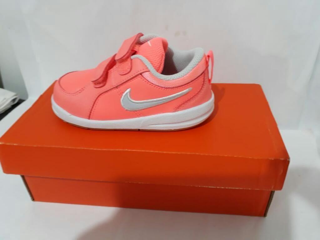 Zapatila Nike,de Cuero para Niña