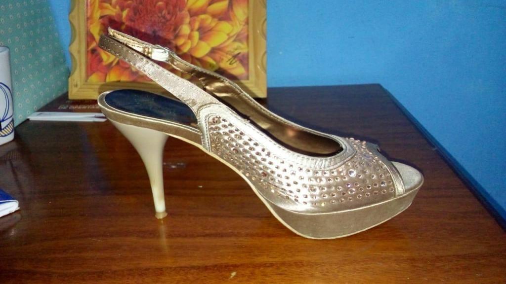 Zapato de Vestir PLATANITOS T37