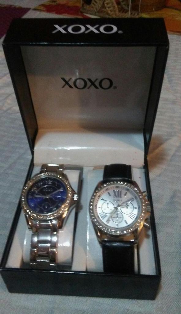 Reloj original nuevo XOXO