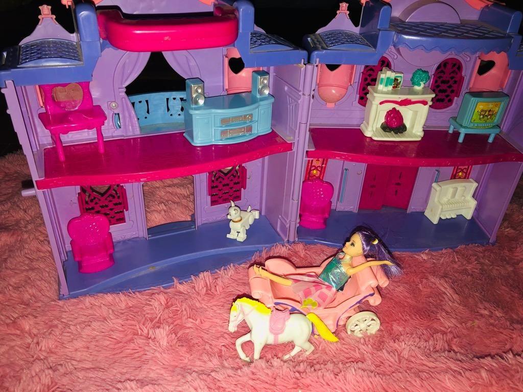 Castillo de Princesas Poco Uso