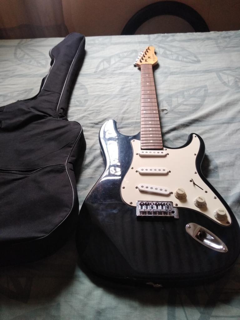 Remato Mi Guitarra Electrica
