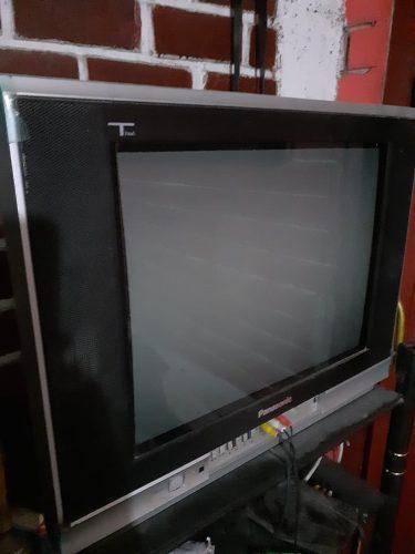 Televisor Panasonic Tau, 21*