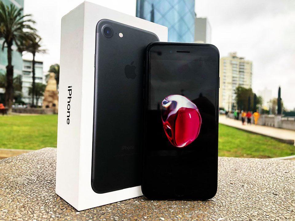 iPhone 7 32gb estado como nuevo caja cable y cubo