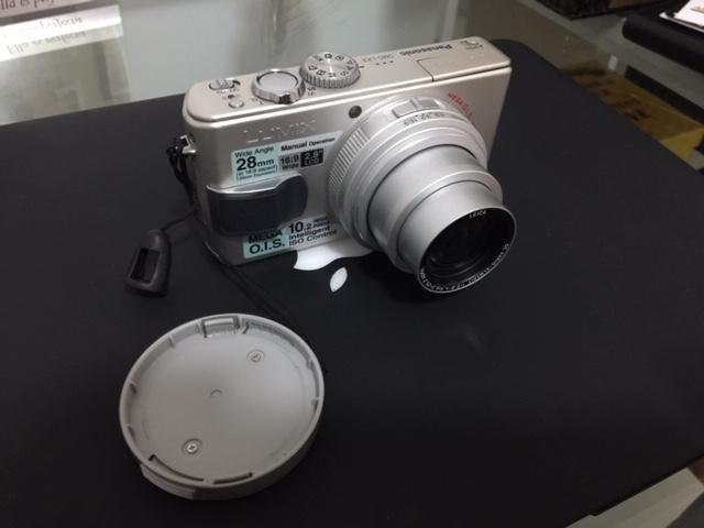 Camara Digital LUMIX / PANASONIC LX2 Made in JAPAN