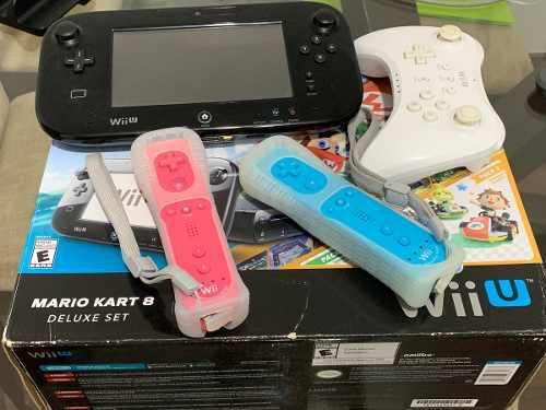 Nintendo Wii U Edición Mario Kart 8 Deluxe Set