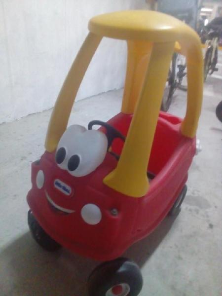 Carro Cozy Coupe Little Tikes