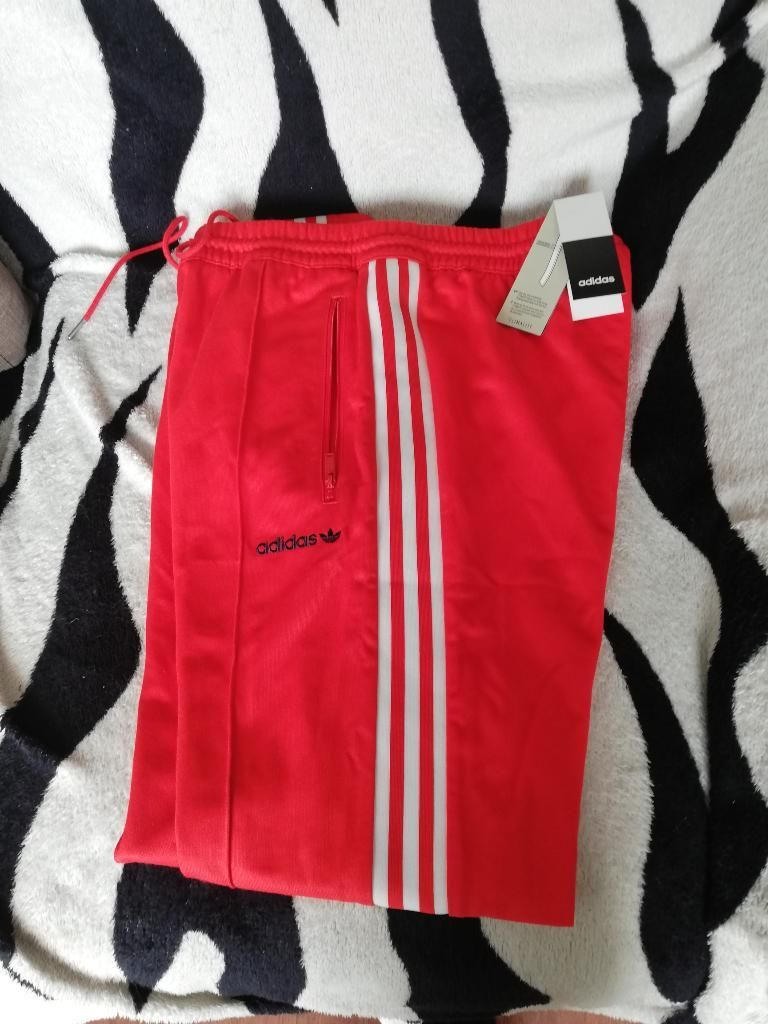 Buzo Adidas Talla M Original Nuevo