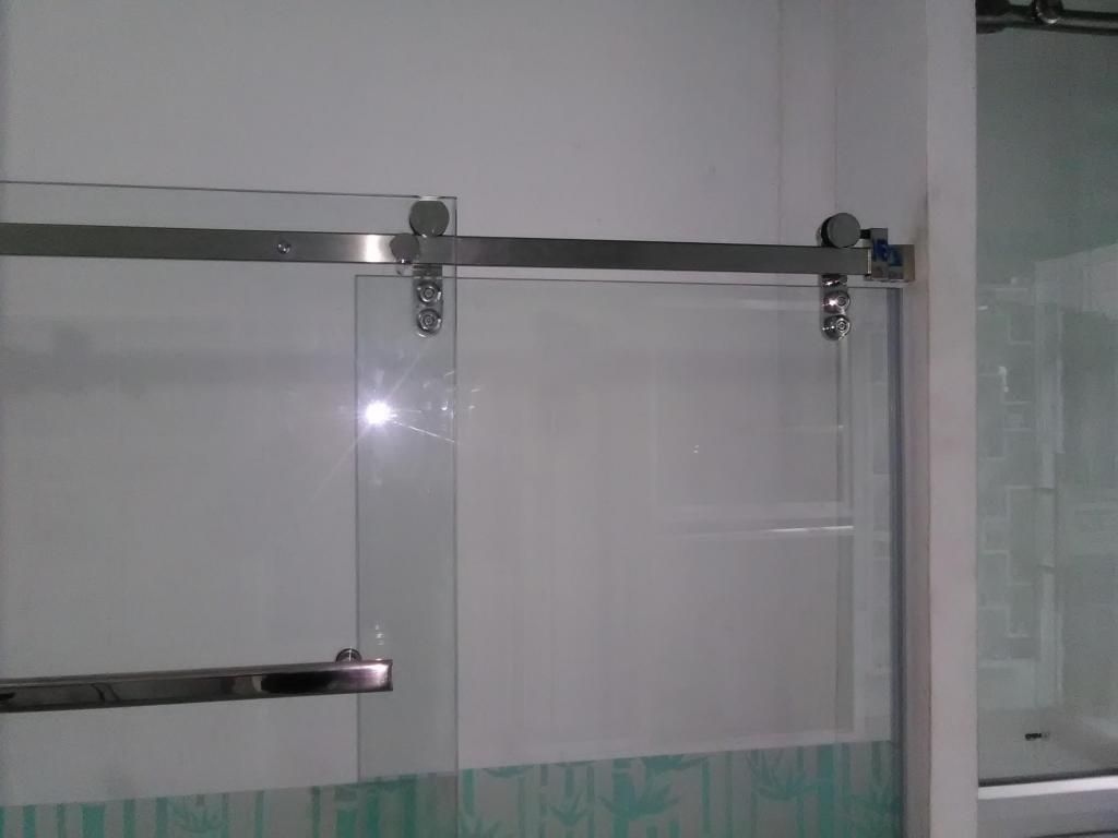 Puertas de ducha con vidrio templado y todo lo referente a