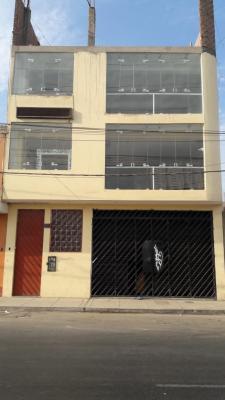 Alquilo Locales Comerciales, 2do y 3er piso EXCELENTE