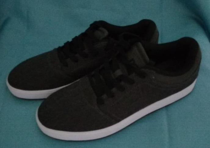 Super precio: Zapatillas DC para hombre, original y nuevas