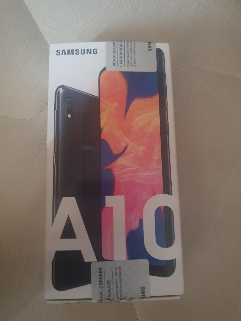 Vendo Samsung Galaxy A10 Nuevo en Caja